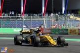 Carlos Sainz Jr., Renault F1 Team, RS17