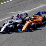 Lance Stroll (Williams F1 Team, FW41) and Stoffel Vandoorne (McLaren Renault, MCL33)