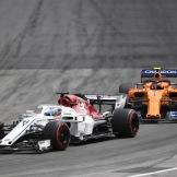 Charles Leclerc (Sauber F1 Team, C37) and Stoffel Vandoorne (McLaren Renault, MCL33)