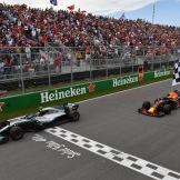Valtteri Bottas (Mercedes AMG F1 Team, F1 W09 EQ Power) and Max Verstappen (Red Bull Racing, RB14)