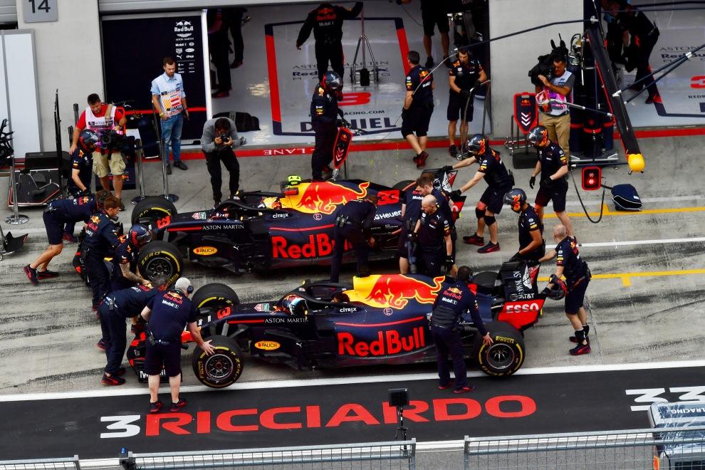 Daniel Ricciardo and Max Verstappen, Red Bull Racing, RB14