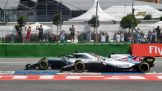 Lance Stroll (Williams F1 Team, FW41) and Lewis Hamilton (Mercedes AMG F1 Team, F1 W09 EQ Power)