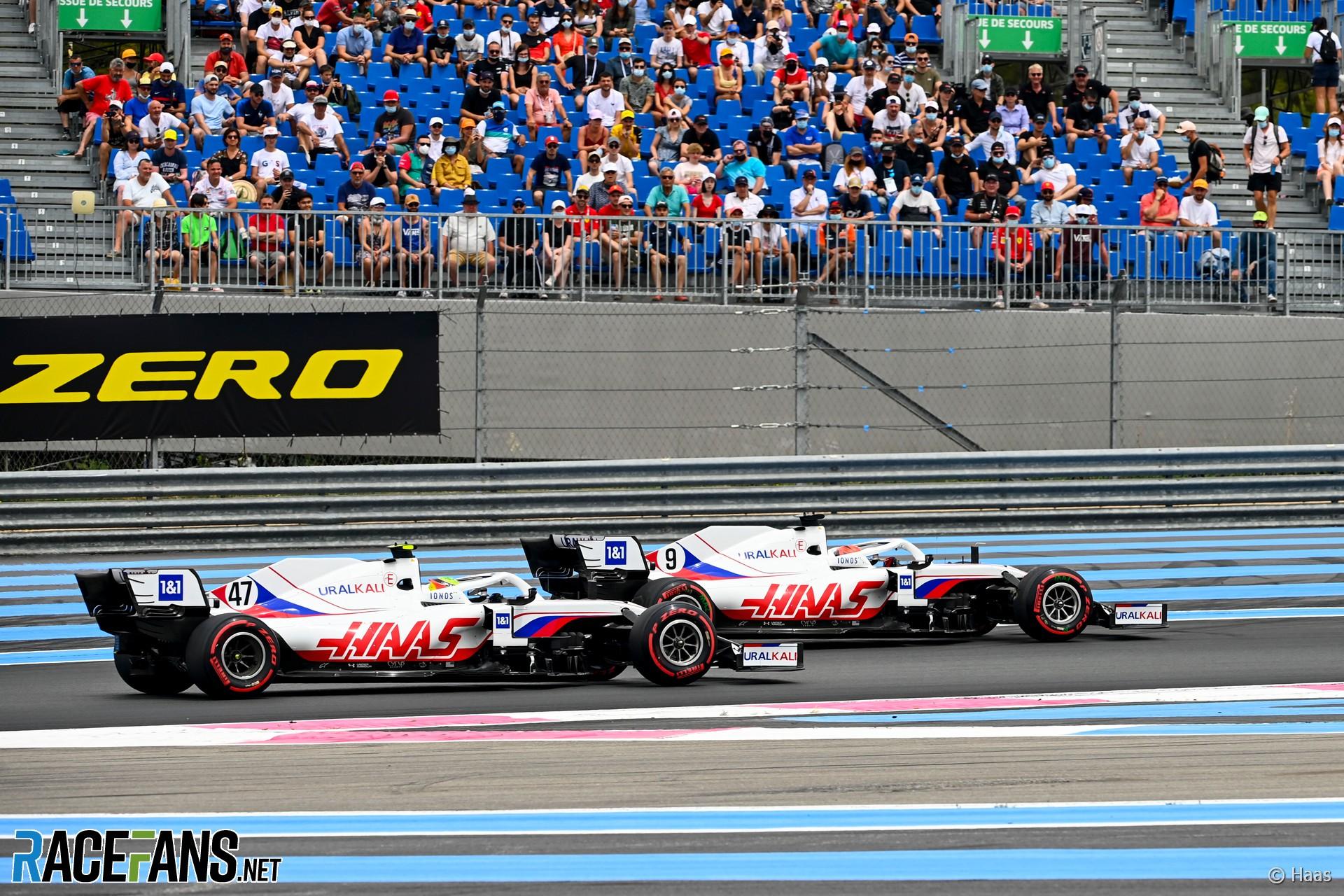 Nikita Mazepin and Mick Schumacher, Haas F1 Team, VF21