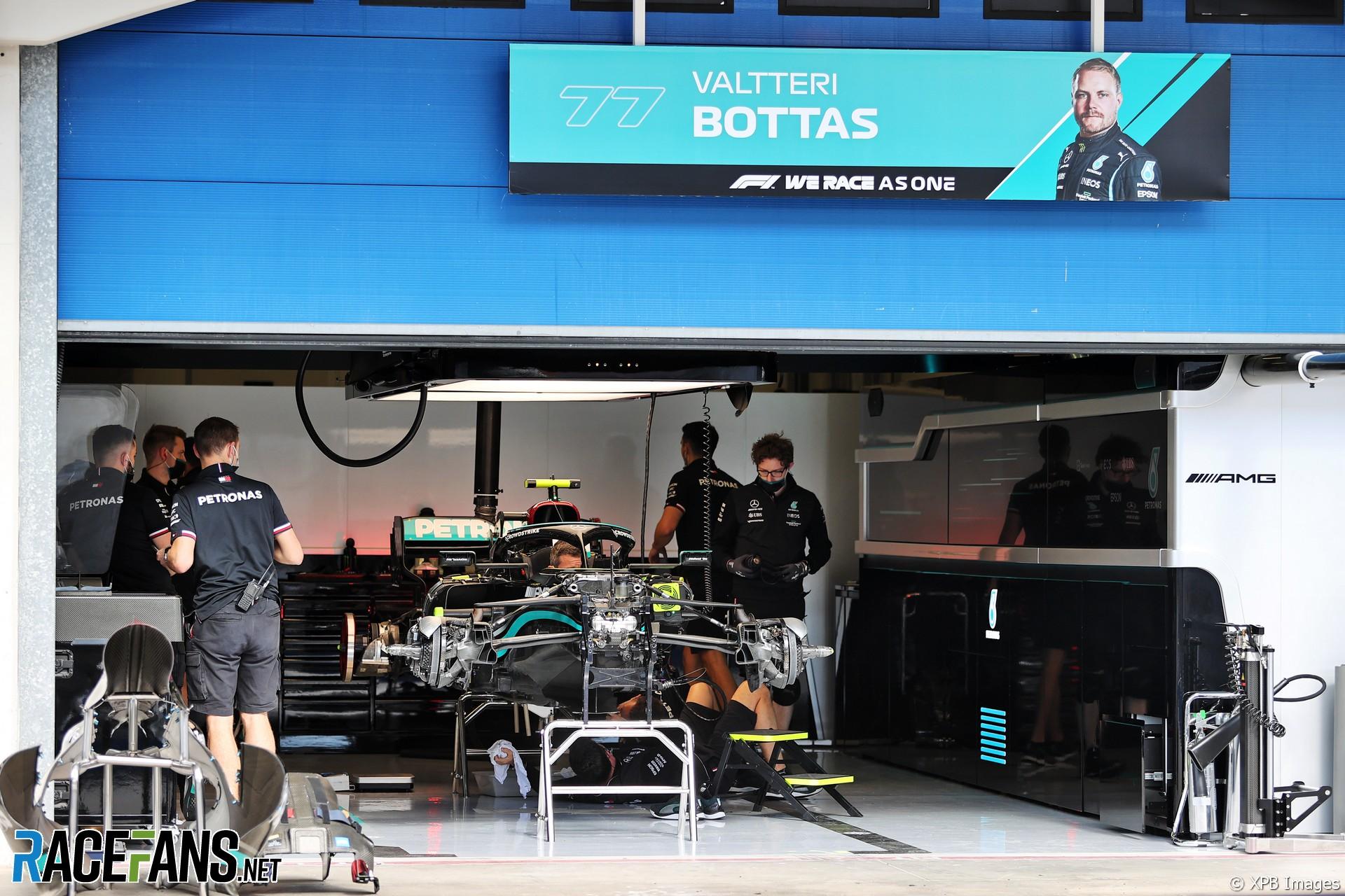 Mercedes AMG F1 Team, F1 W12